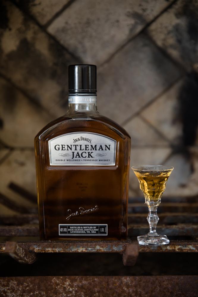 Gentleman Jack - O Cão Engarrafado